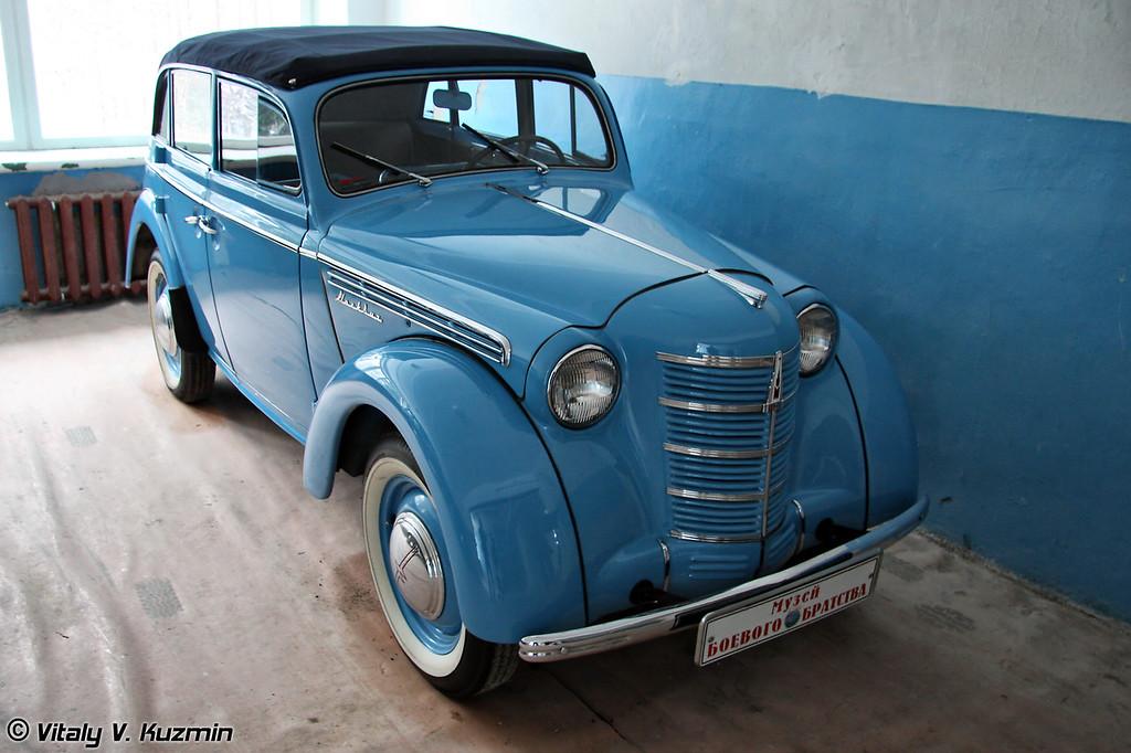 Москвич-401 кабриолет (Moskvich-401 cabriolet)