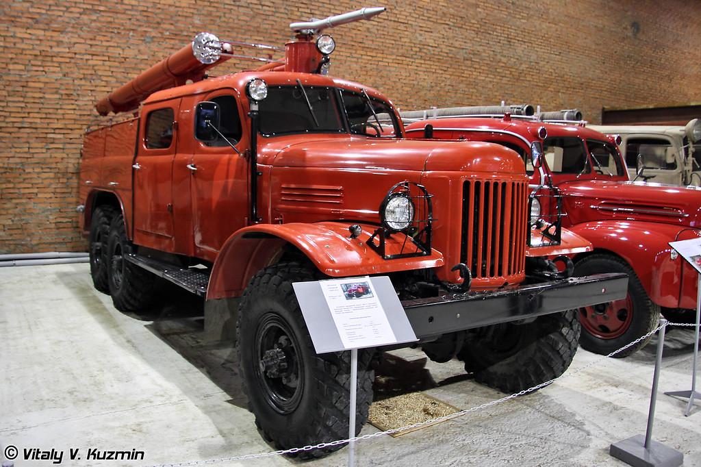Автоцистерна ПМЗ-27 на шасси ЗИЛ-157 (PMZ-27 fire truck on ZIL-157 chassis)