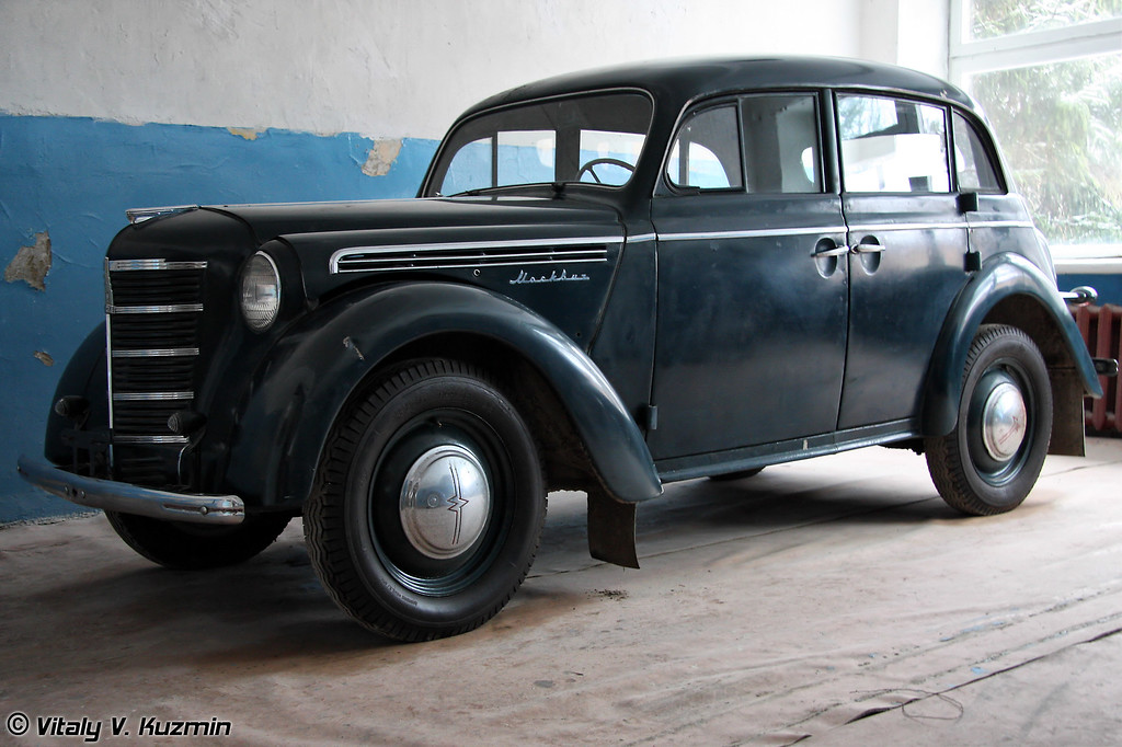 Москвич-401 (Moskvich-401)