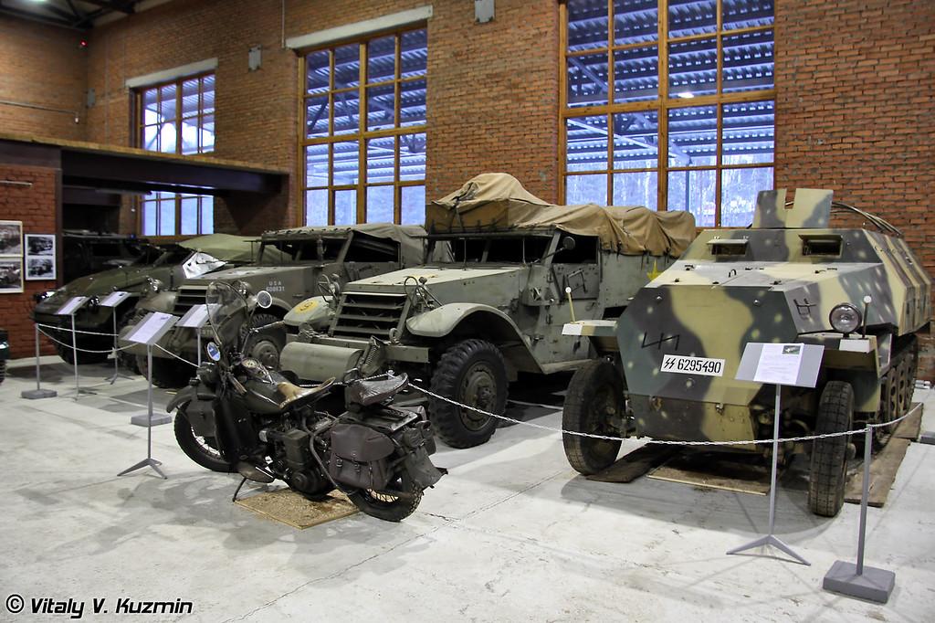 БТР-40, M3 Scout Car, M5 Half-track, Sd.Kfz.251 и Harley-Davidson WLA-42 (BTR-40, M3 Scout Car, M5 Half-track, Sd.Kfz.251 and Harley-Davidson WLA-42)