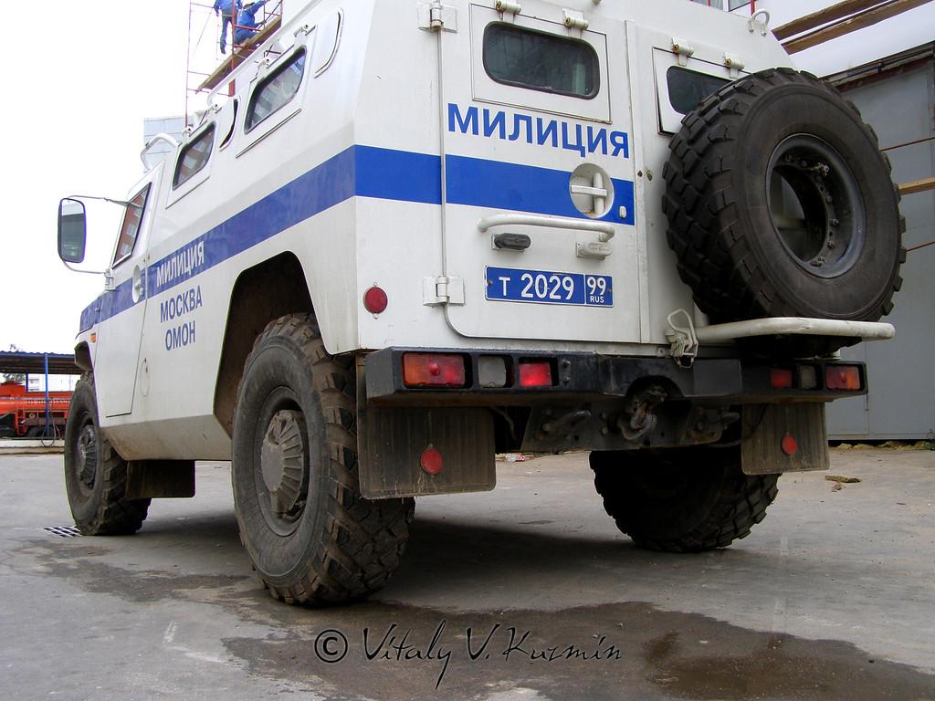 Специальная полицейская машина ГАЗ-233034 СПМ-1 на базе ГАЗ Тигр (Special police vehicle GAZ-233034 SPM-1 on GAZ Tigr chassis)