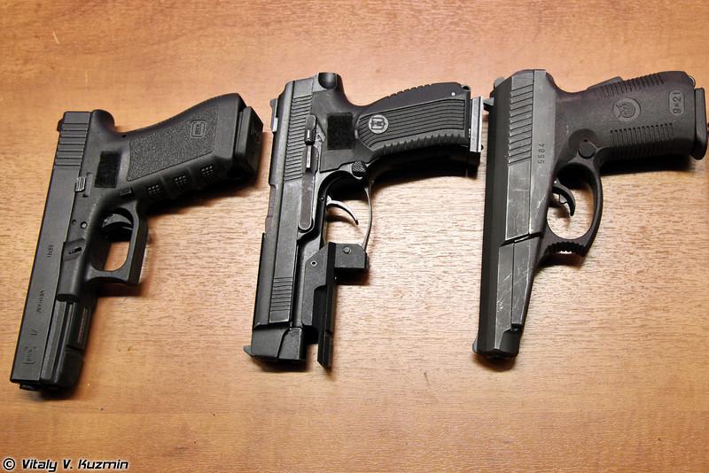 Пистолеты Glock 17, ПЯ и СР1М (Glock 17, PYa and SR1M pistols)