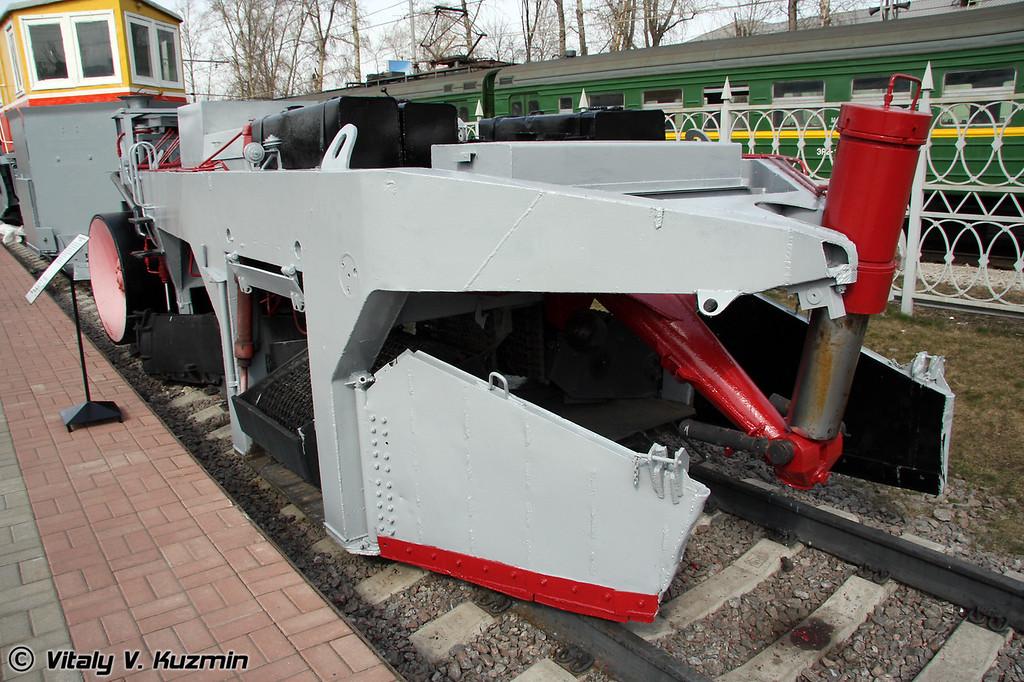 Балластоочистительная машина БМС-295 (Ballast cleaning vehicle BMS-295)