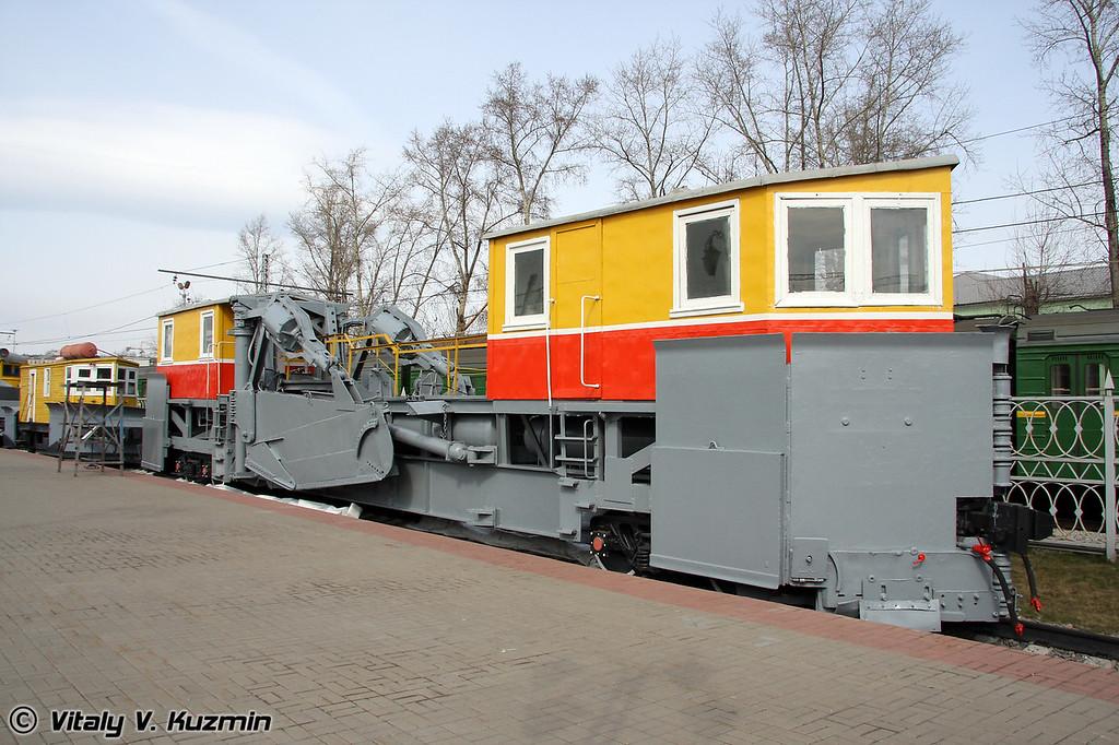 Струг снегоочиститель СС-1 (Plow snow-removal vehicle SS-1)