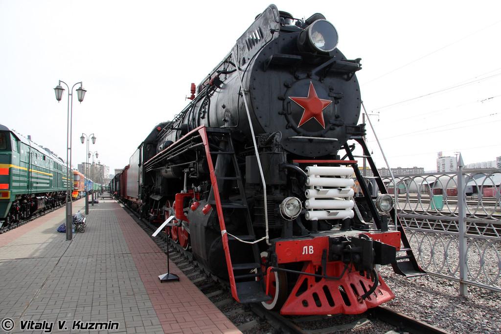 Паровоз ЛВ-0441 построен в 1956 году на Ворошиловградском паровозостроительном заводе (LV-0441 was built in 1956 by Voroshilovgrad locomotive-building plant)
