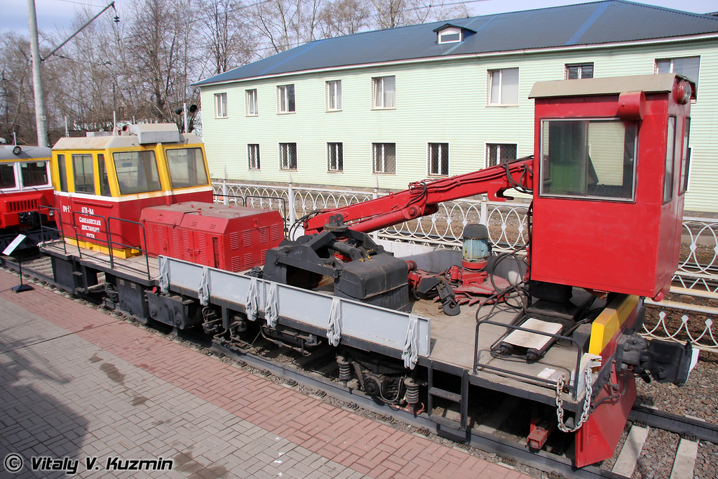 Автомотриса грузовая дизельная модернизированная АГД-1м (Cargo diesel motor trolley AGD-1m)