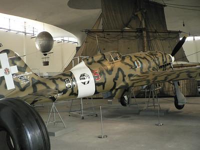 Macchi C.205