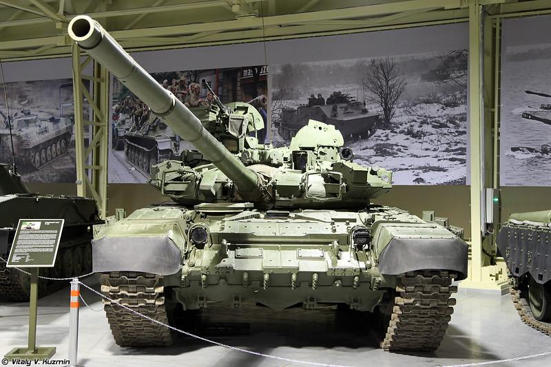 Основной танк Т-90 (T-90 main battle tank)