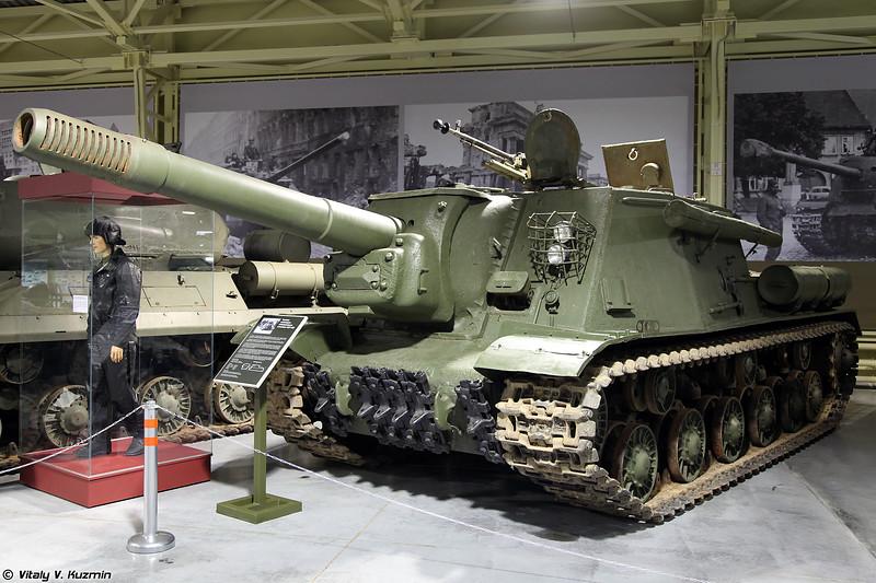 Тяжелая самоходно-артиллерийская установка ИСУ-152 (ISU-152 self-propelled gun)