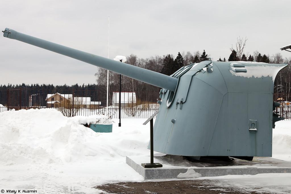 130-мм корабельная пушка образца 1935 года Б-13 (130 mm gun B-13)