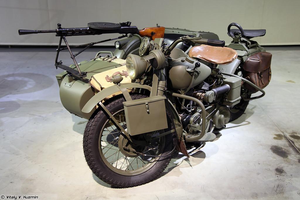 Harley-Davidson WLA 42