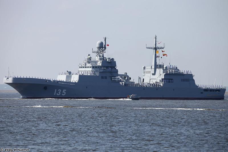 Большой десантный корабль Иван Грен проекта 11711 (Ivan Gren landing ship Project 11711 Ivan Gren-class)