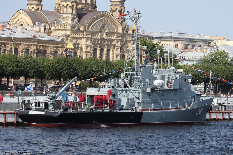 Рейдовый тральщик РТ-316 проекта 10750 (RT-316 minesweeper Project 10750 Lida-class)