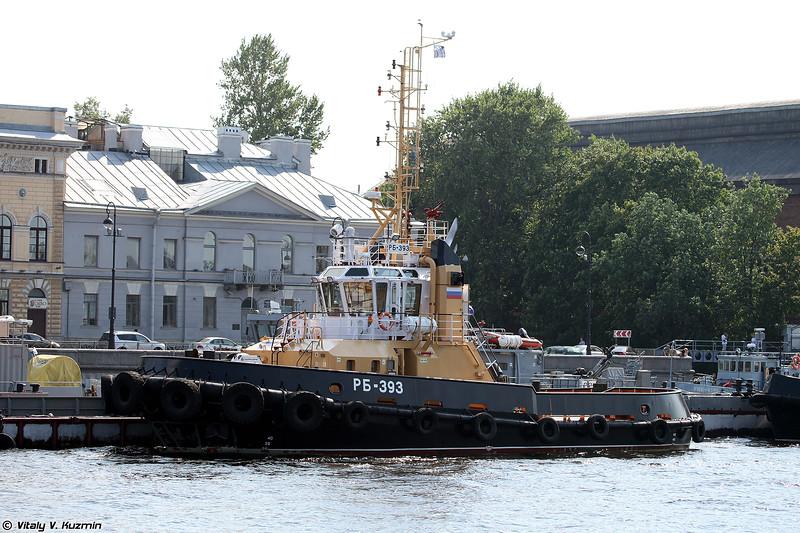 Рейдовый буксир РБ-393 проекта 90600 (RB-393 tugboat Project 90600)