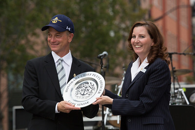 Gary Sinise and Cindy McCalip