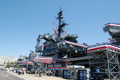 Memorial Day Bunting wraps Ship