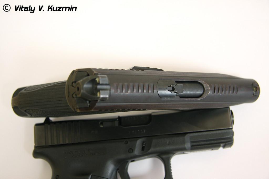 Пистолет ГШ-18 (GSh-18 pistol)