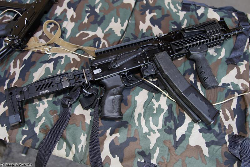 9х19 пистолет-пулемет ПП-19-01 Витязь-СН с тюнингом от Зенит и FAB Defense (9x19 submachine gun PP-19-01 Vityaz-SN)