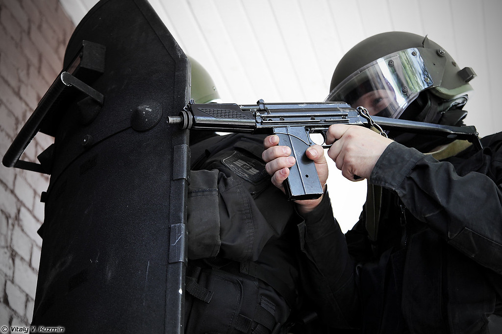 Малогабаритный автомат 9А-91. (9mm 9A-91 carbine assault rifle)