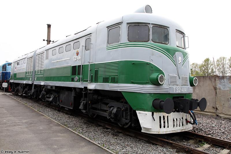 Грузовой тепловоз ТЭ2-414 (TE2-414 diesel locomotive)