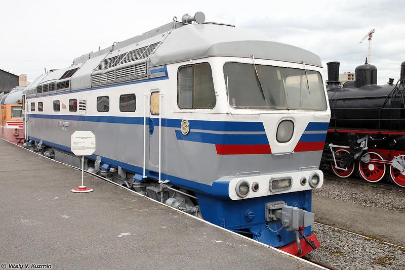 Пассажирский тепловоз ТЭП70-007 (TEP70-007 diesel locomotive)