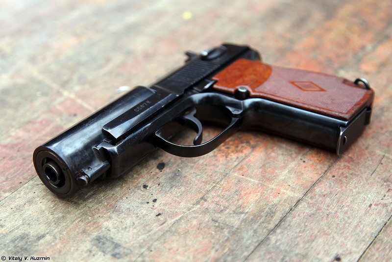9х18 бесшумный пистолет ПБ 6П9 (9x18 silent pistol PB 6P9)