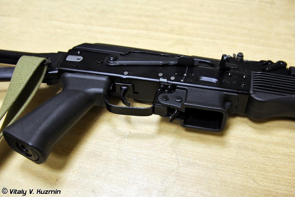 9х19 пистолет-пулемет ПП-19-01 Витязь-СН (9x19mm submachine gun PP-19-01 Vityaz-SN)
