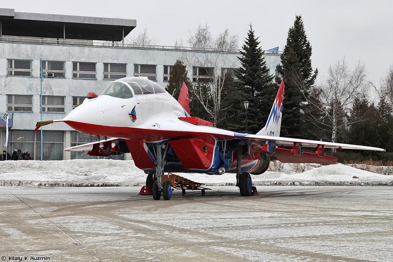 МиГ-29УБ АГВП Стрижи (MiG-29UB Swifts aerobatics team)