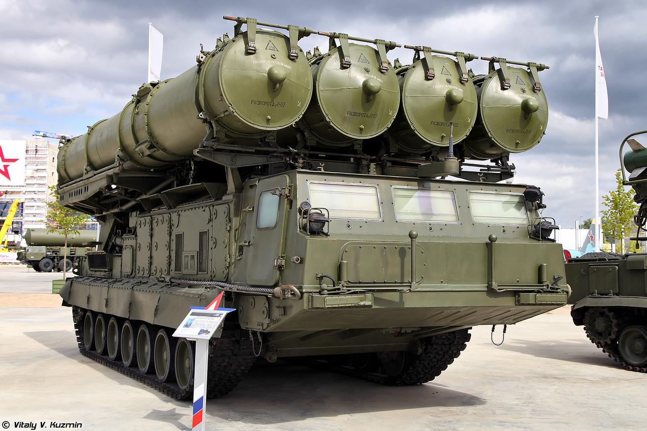 Пусковая установка 9А83 зенитной ракетной системы С-300В (9A83 TELAR for S-300V system)