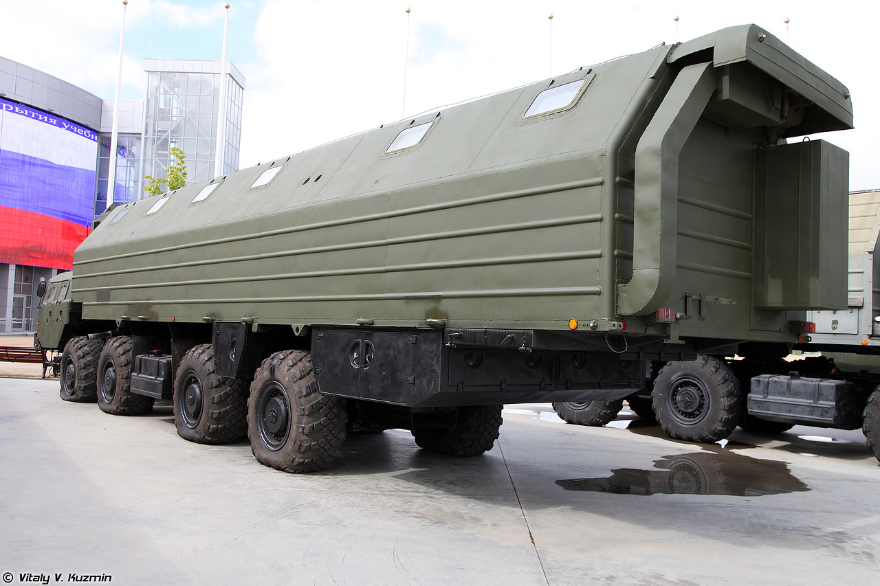 Машина-общежитие 15Т118 (15T118 vehicle with sleeping accomodation)