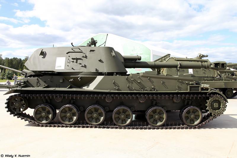 Самоходная артиллерийская установка 2С3 Акация (2S3 Akatsiya self-propelled artillery)