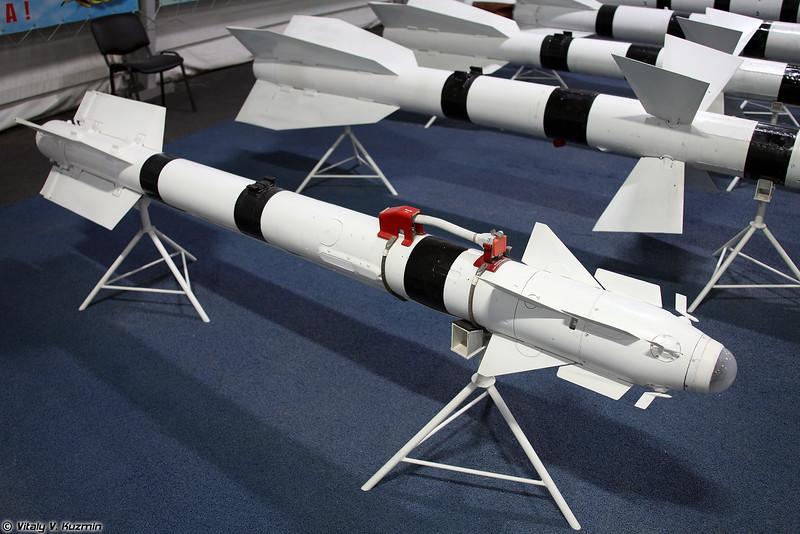 Авиационная управляемая ракета Р-73 (R-73 short-range air-to-air missile)
