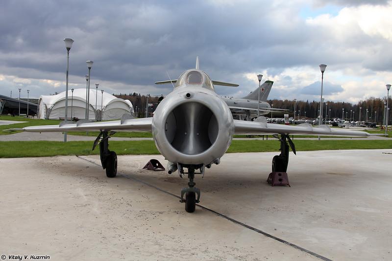 МиГ-17 (MiG-17)