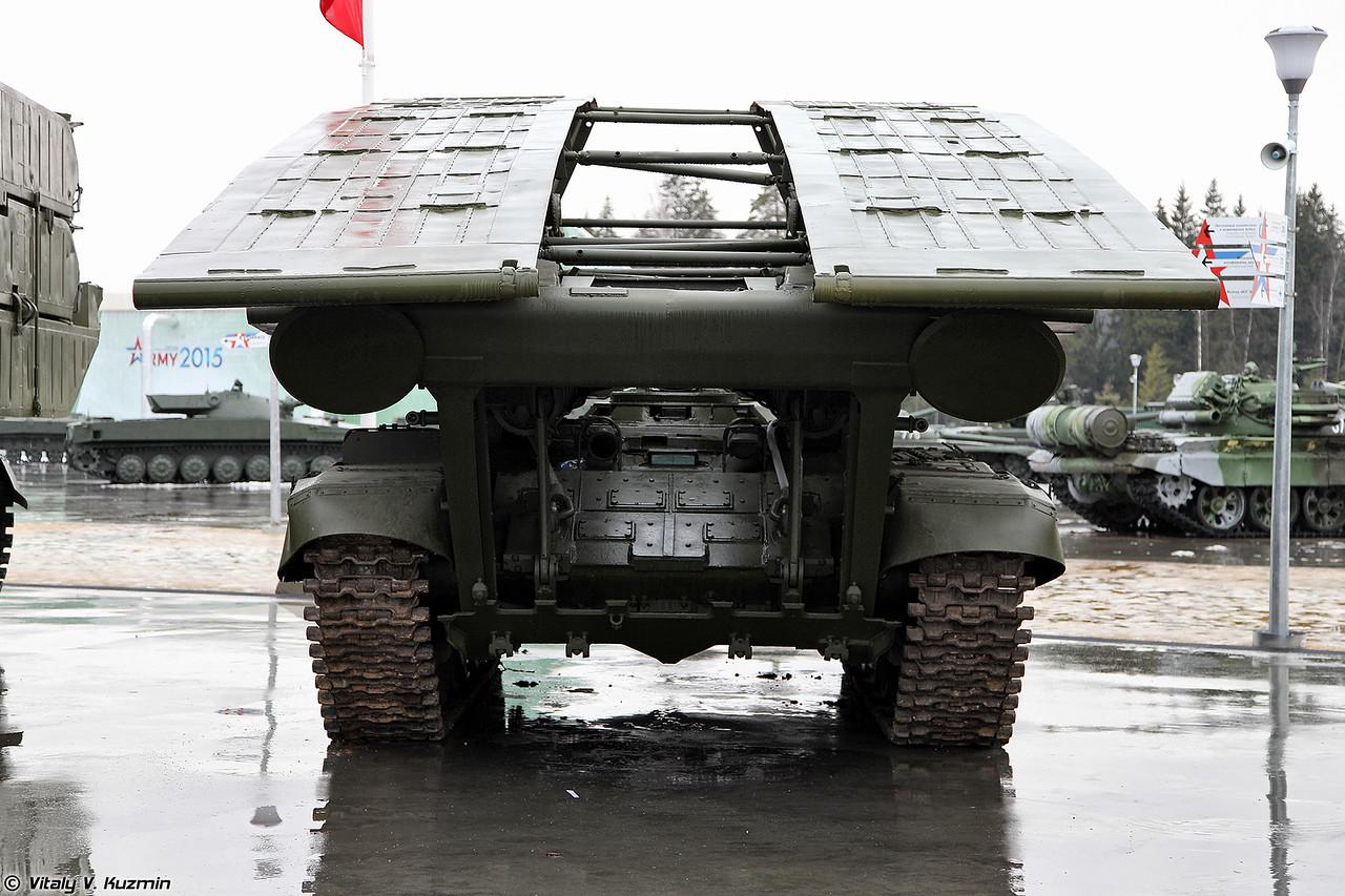 Танковый мостоукладчик МТУ-90М (MTU-90M armoured vehicle-launched bridge)