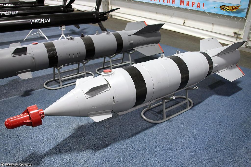Корректируемая авиационная бомба КАБ-500Л (KAB-500L aerial bomb)