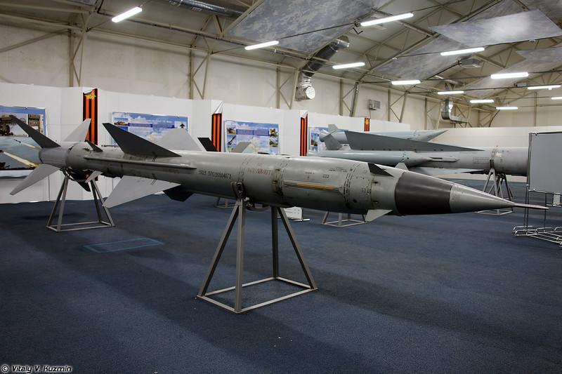 ЗУР 5Я23 ЗРК С-75М (5Ya23 SAM S-75M system)