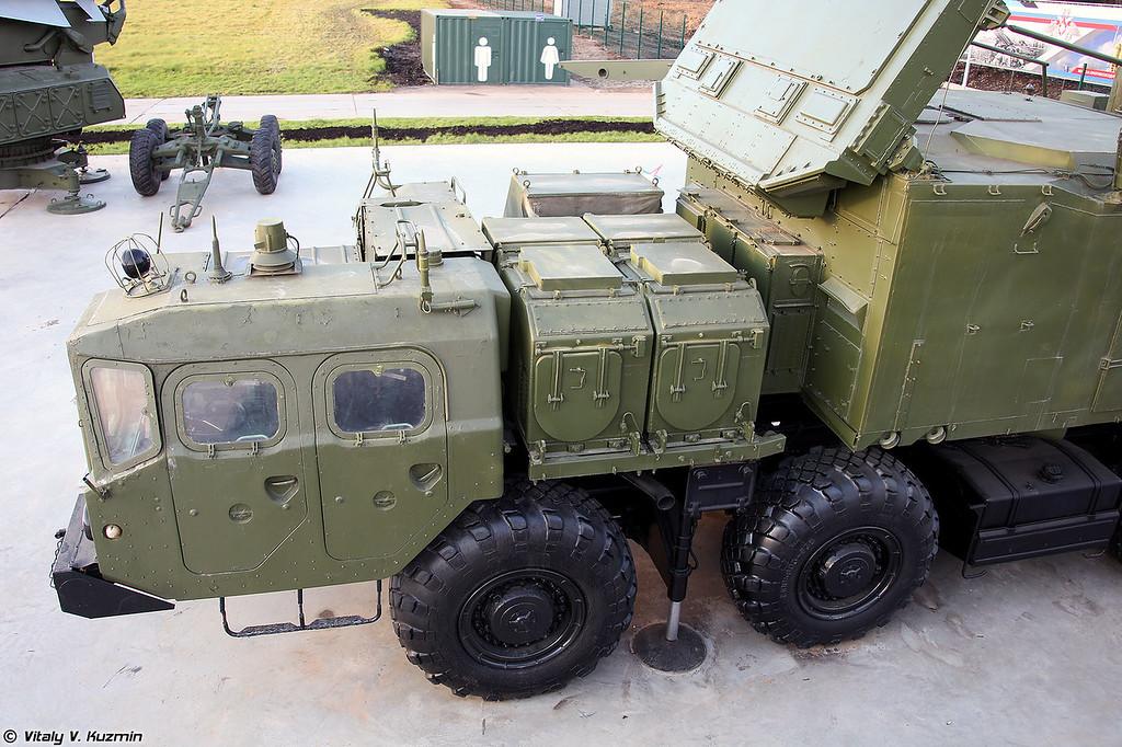 Радиолокатор подсвета и наведения 30Н6Е2 ЗРС С-300ПМ2 (30N6E2 radar for S-300PM2 system)