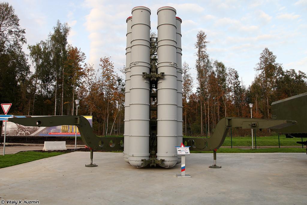Пусковая установка 5П85-1 ЗРК С-300ПТ (5P85-1 TEL S-300PT system)