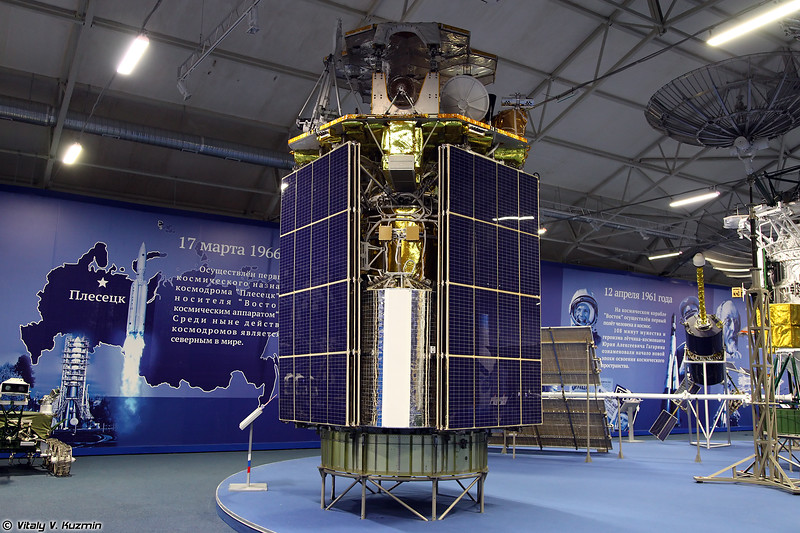 Космический аппарат 17Ф15М Радуга-1М (17F15M Raduga-1M spacecraft)