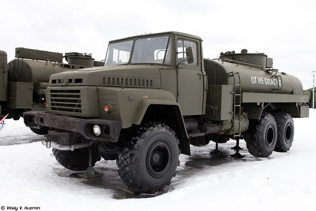 Автотопливозаправщик АТЗ-9,3-260 (ATZ-9,3-260 fuel tanker)