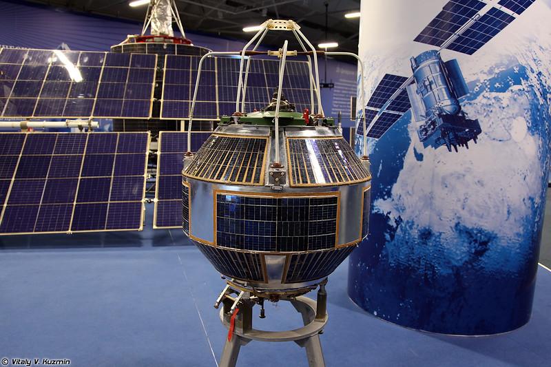 Космический аппарат 11Ф625 Стрела-1М (11F625 Strela-1M spacecraft)