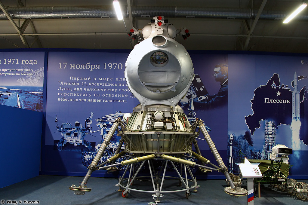 Лунный посадочный модуль ЛК комплекса Н-1-Л3 (Lunar module LK of N-1-L3 lunar spacecraft)