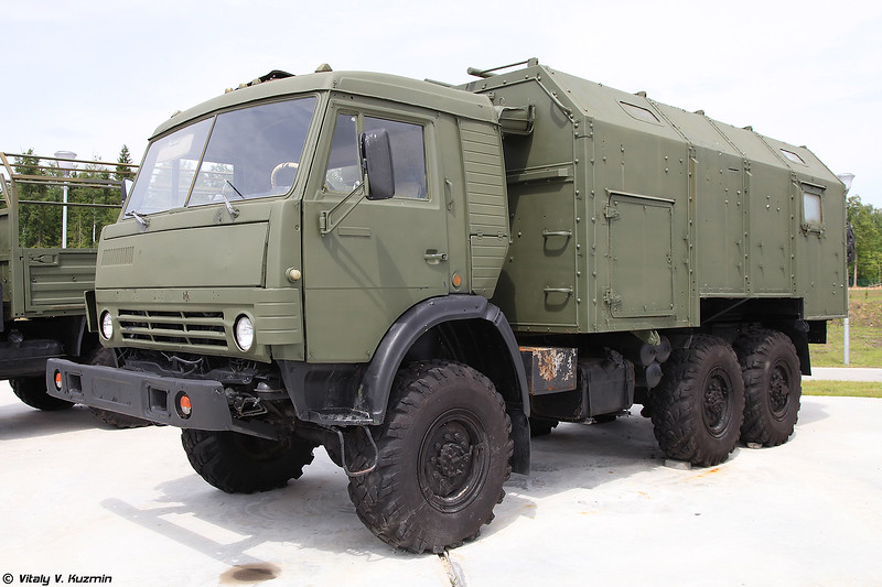КАМАЗ-43114 с кунгом (KAMAZ-43114 with compartment)
