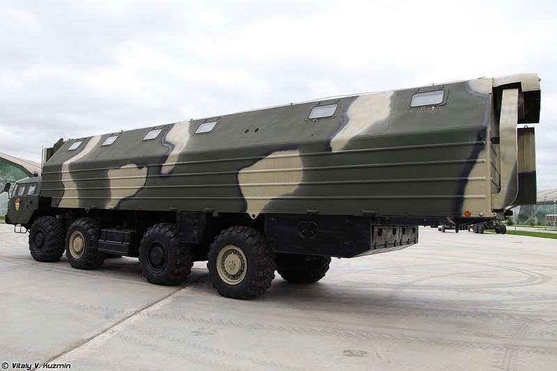Машина-общежитие 15Т118 (15T118 vehicle with sleeping accommodation)