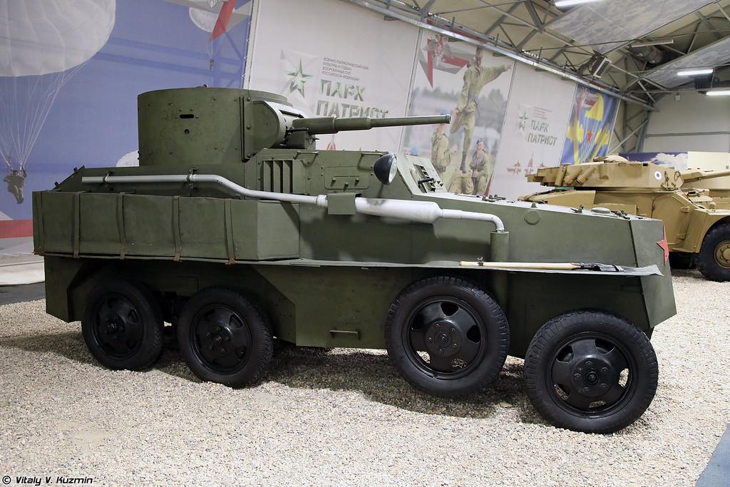 Бронеавтомобиль ПБ-4 (PB-4 armored vehicle)