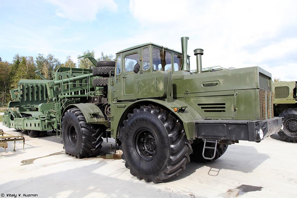 Трубомонтажная машина ТММ-200 (TMM-200 pipelayer)