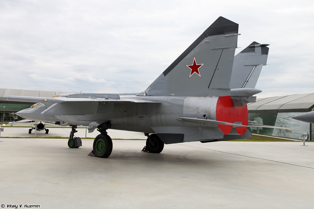 МиГ-25ПУ (MiG-25PU)