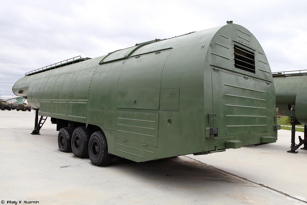 Автотопливозаправщик АТЗ-60-8685 (ATZ-60-8685 refueller)