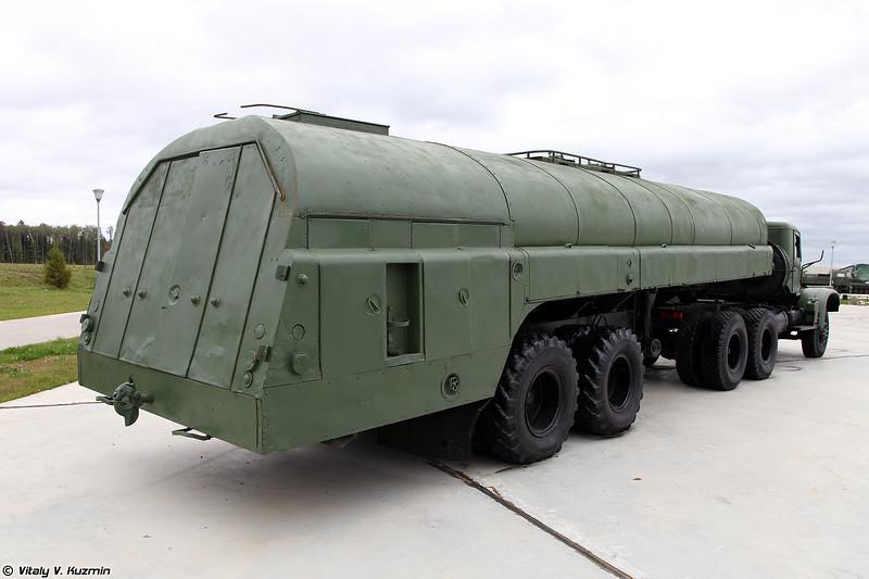Топливозаправщик ТЗ-16 (TZ-16 refueller)
