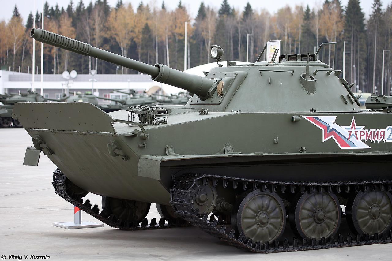 Легкий плавающий танк ПТ-76 (Light amphibious tank PT-76)